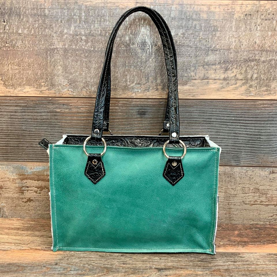 Small Town Tote - #18649