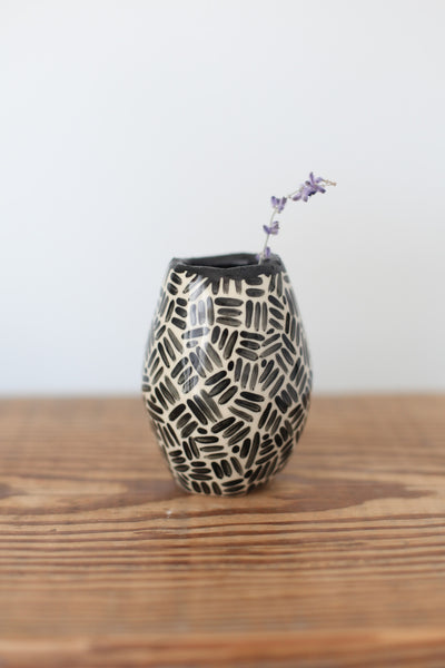 Bud Vase-Black Dashes