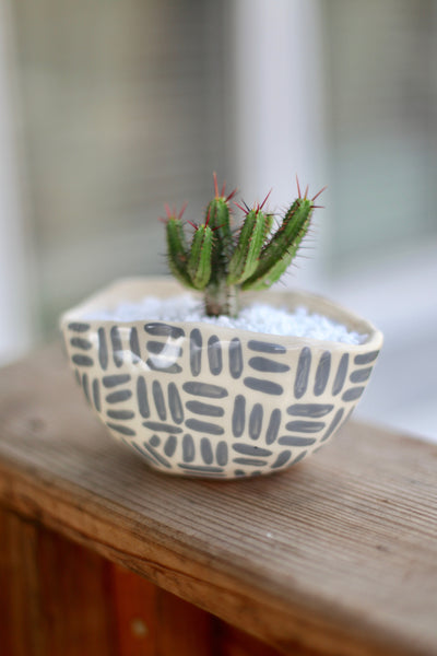 Oval Planter- Grey Painted Dashes