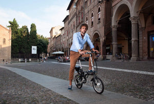 Small Foldable Electric Bike perfect for commuting