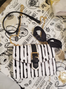 Black & White Striped Chain Fashion Bag