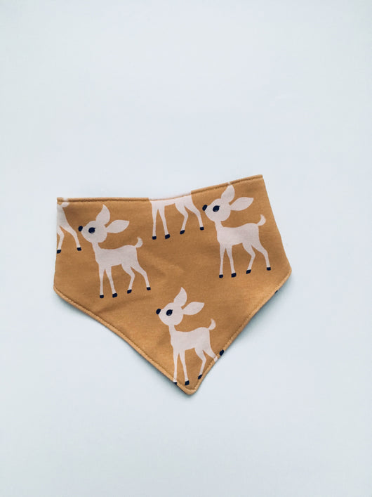 DEER dribble bib