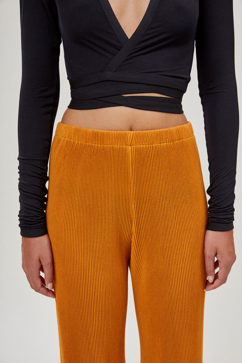 Seamless Pleated Pants