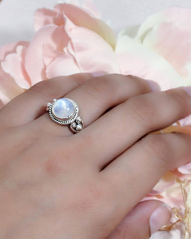 Divya Round Moonstone 925 Sterling Silver Ring
