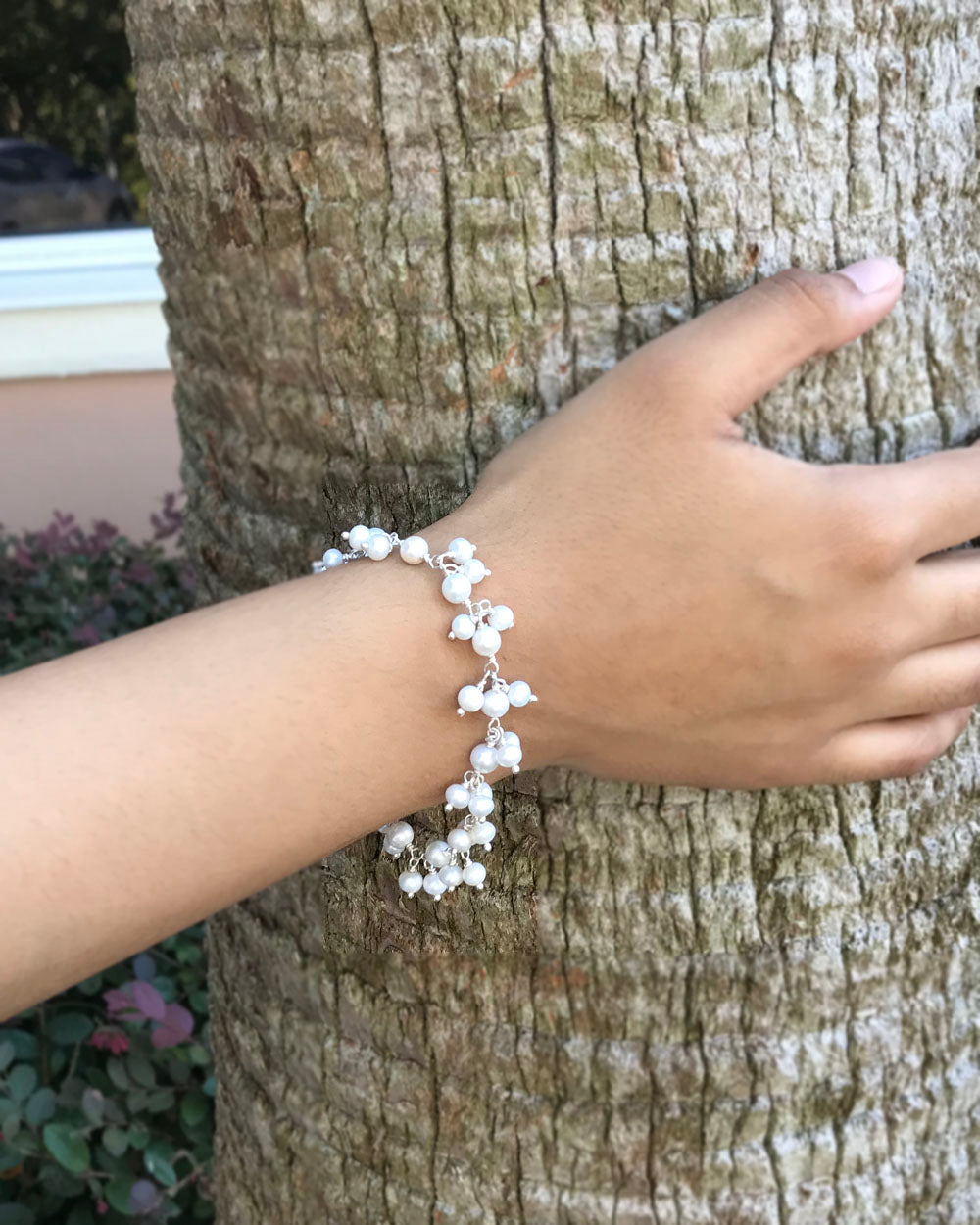 Delicate White Pearls Dangle Bracelet in 925 Sterling Silver