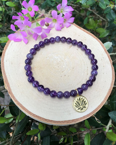 Prosperous Beginnings Lotus and Amethyst Bracelet Gold Vermeil