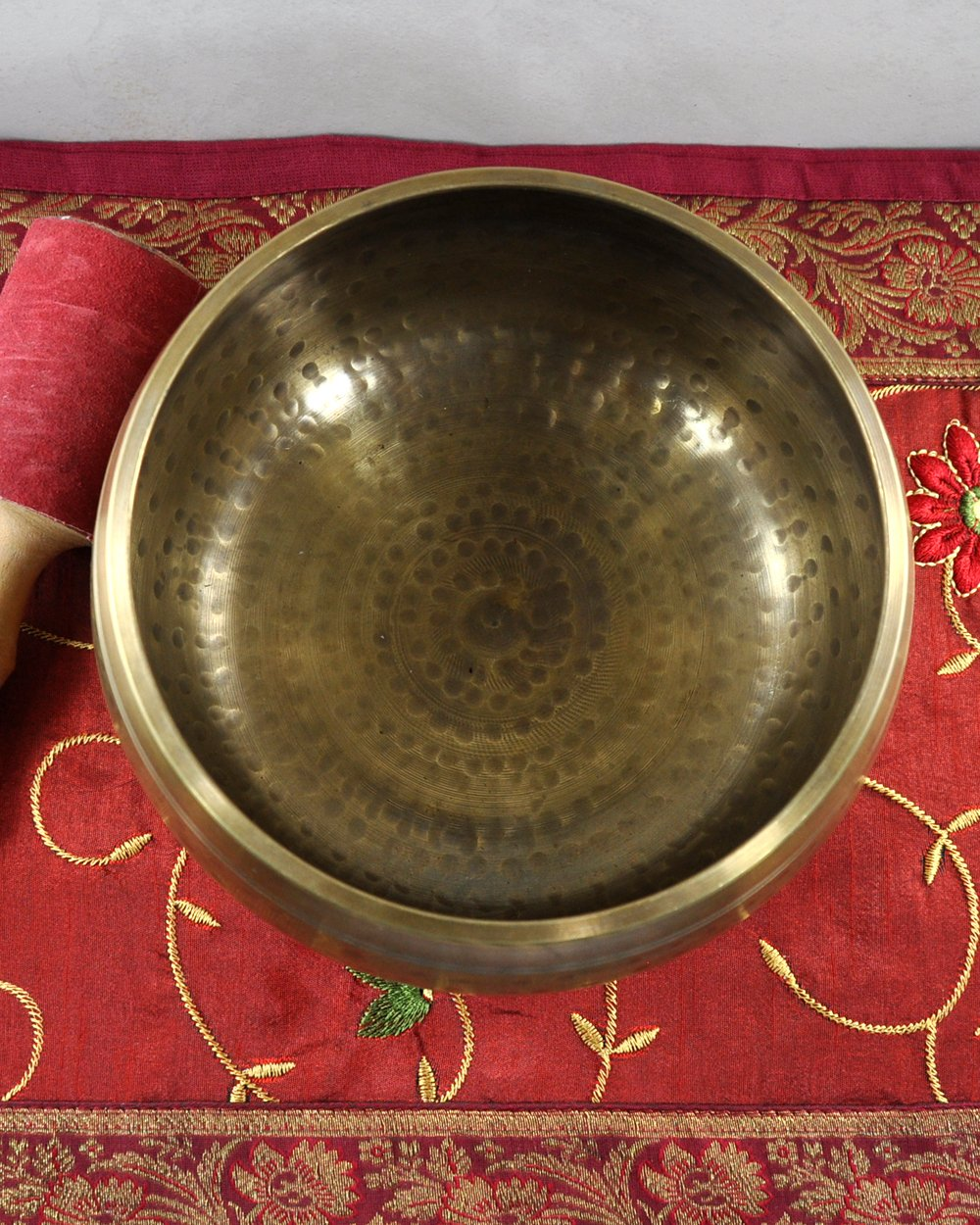 Master Healing Singing Bowl - Hand Hammered 7 Metals Composition
