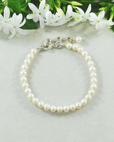 Classic White Pearl Bracelet in Sterling Silver