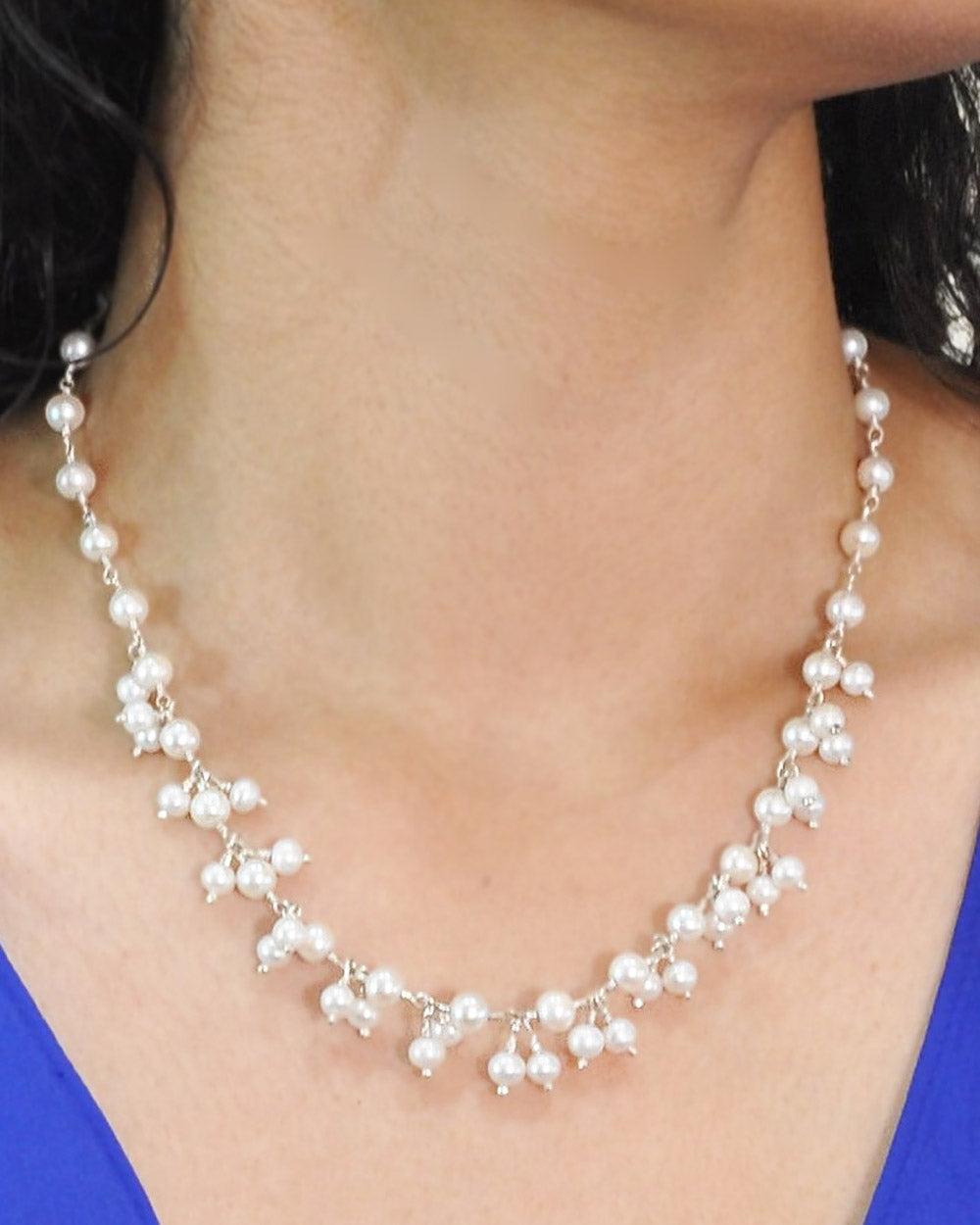 Delicate White Pearl Dangles Necklace