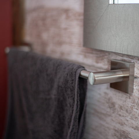 Vienna Towel Bar in Satin Nickel
