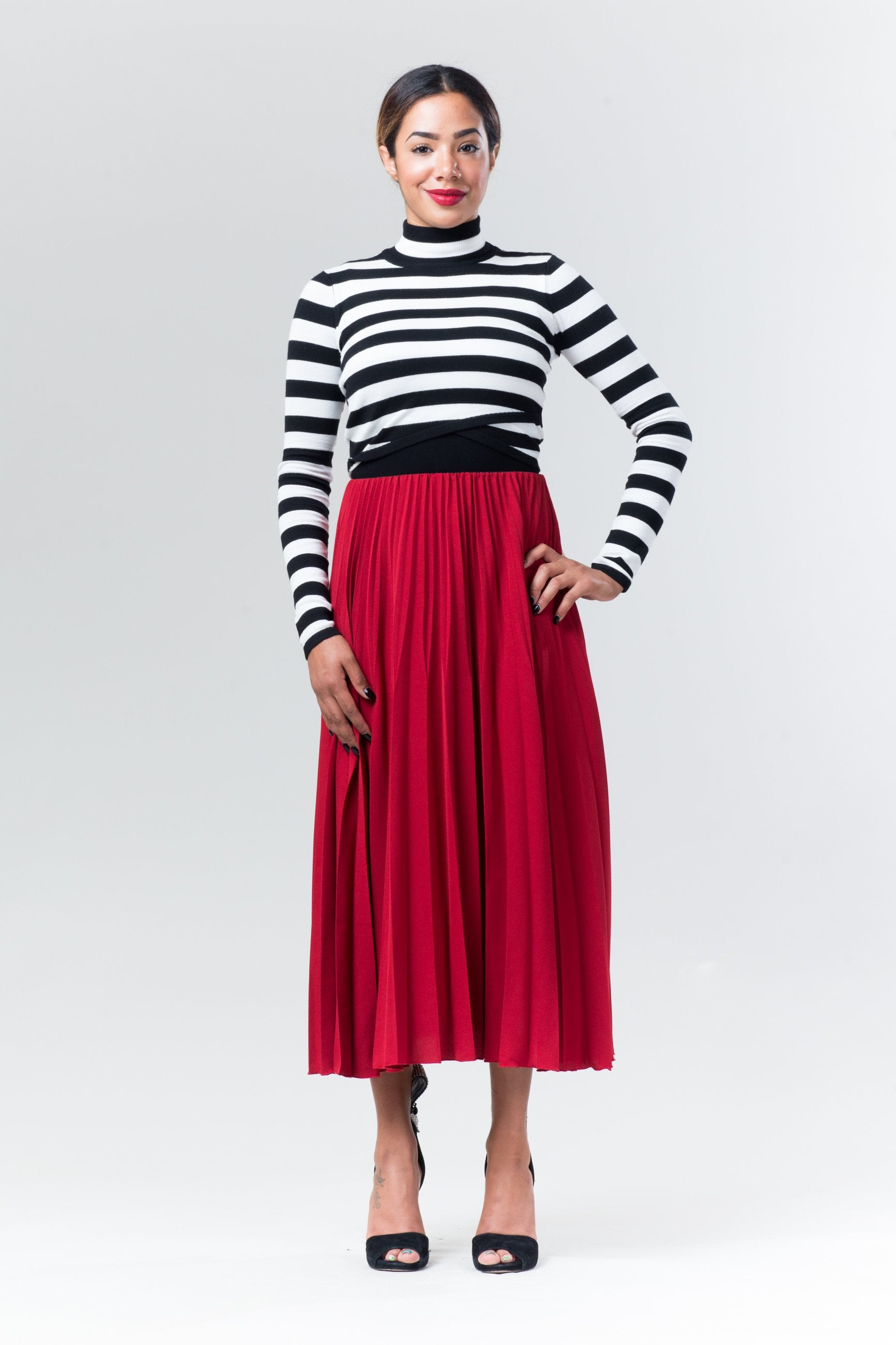 View on Knitted Crop Top - Reina Valentina