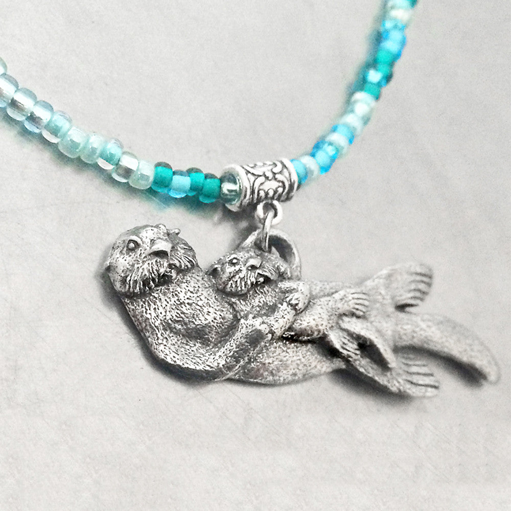 close 2 ur heart, otter necklace, pewter otter