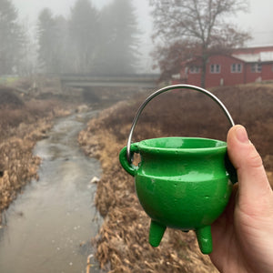 Green Cauldron w/ lid