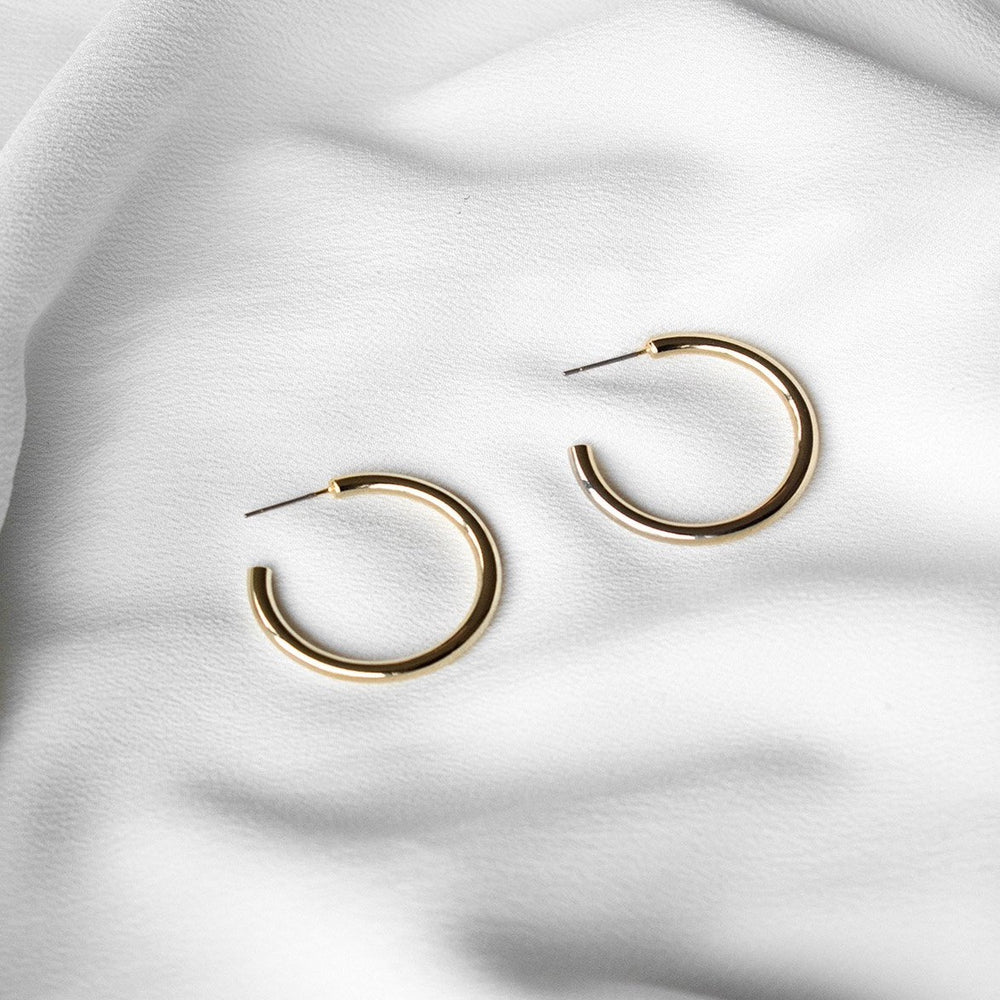 Beatrice Basic Medium Gold Hoop Earrings