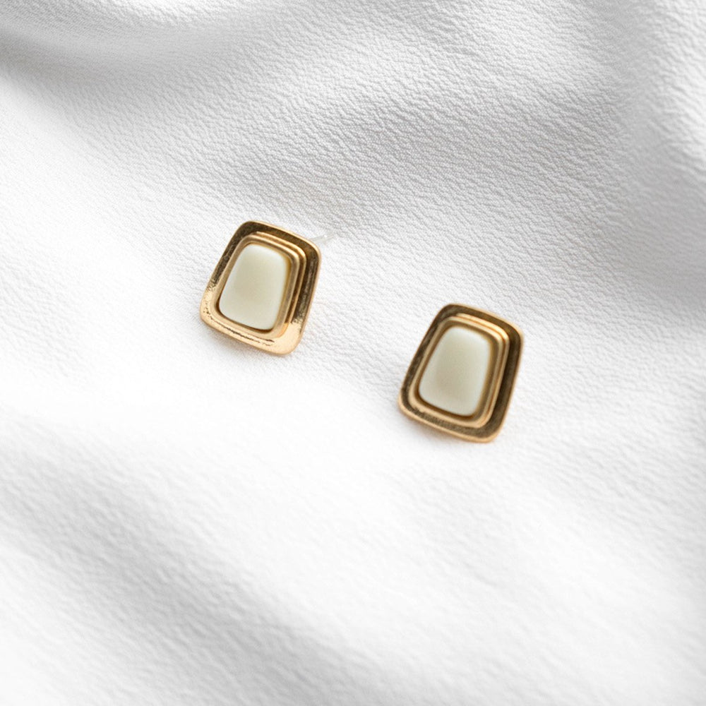 Evelyn Vintage Square Stud Earrings