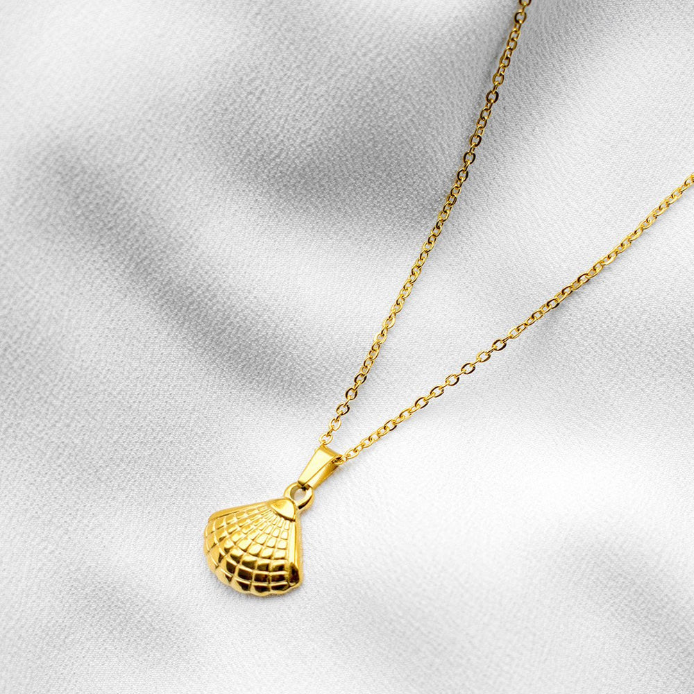 Rocio Gold Vermeil Sea Shell Charm