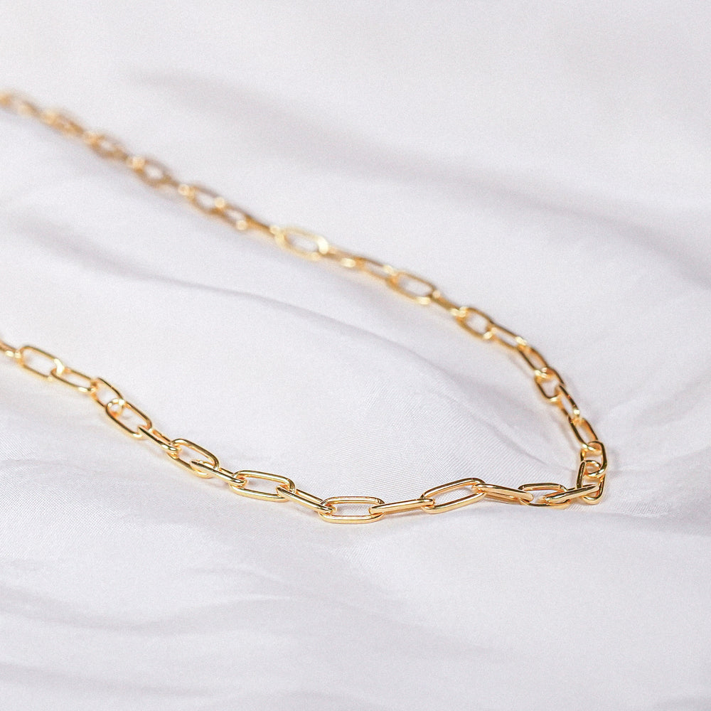 Nora Paper Clip Gold Chain Necklace