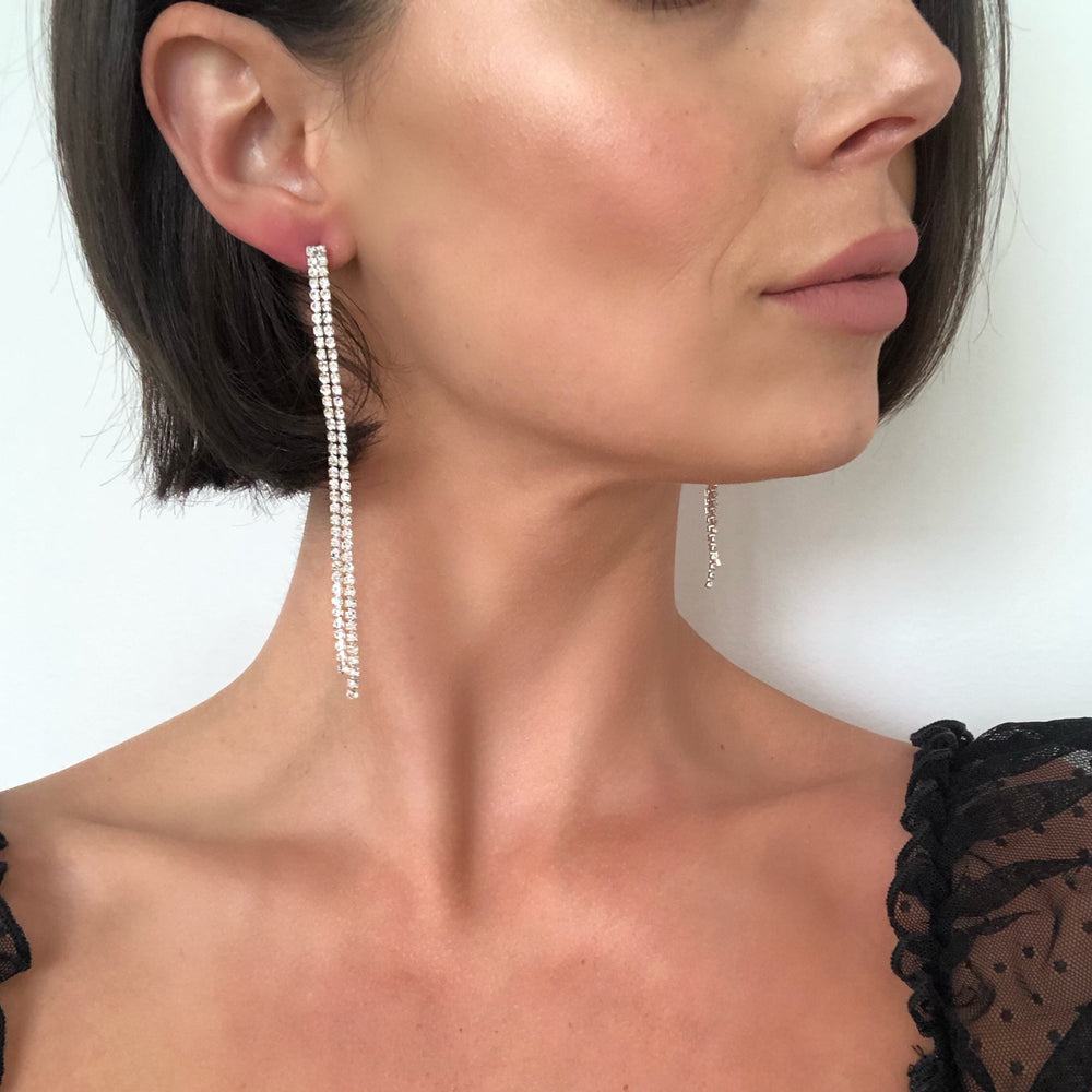 Lea Single Fringe Earrings