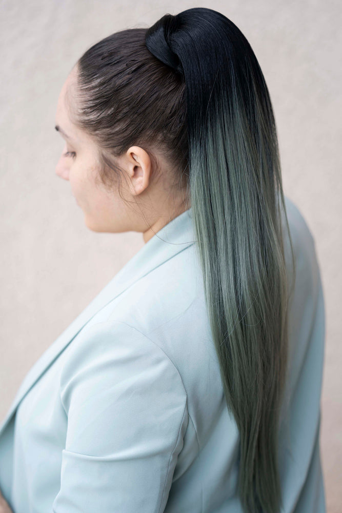 Ponytail Straight Black to Olive PT61