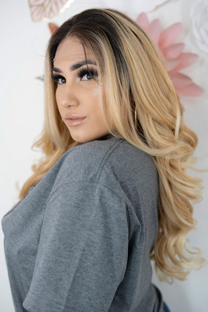 Paola Lace Front Wig (Free Part)