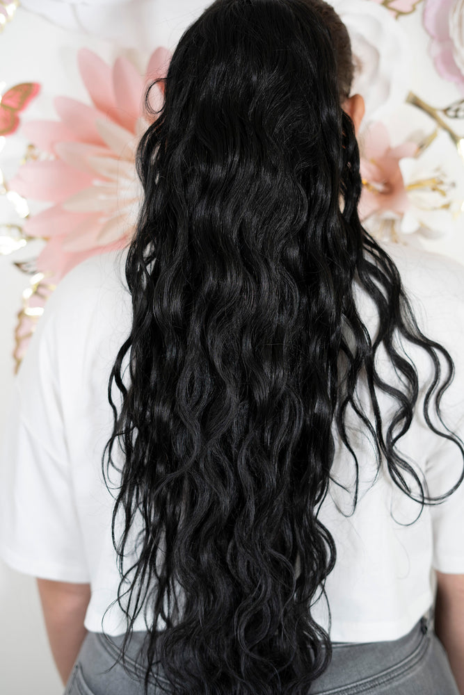 Wavy Black Ponytail PT142