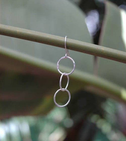 3 Connected Circle Drop Earrings