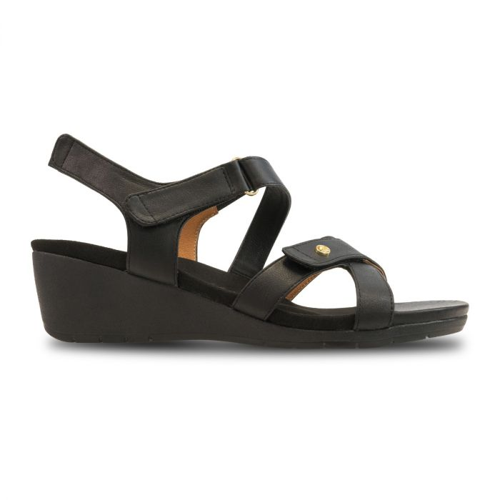 Casablanca Backstrap Wedge Black