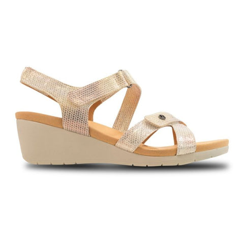 Casablanca Backstrap Wedge Metallic Interest