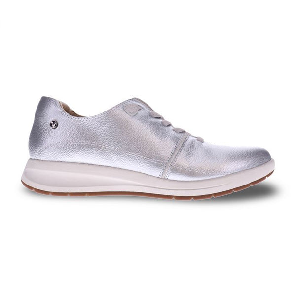 Crete Stretch-Lace Sneaker Pearl