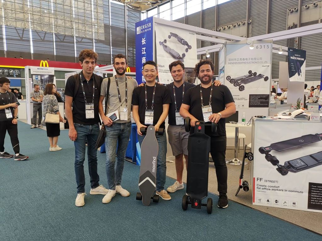 Maxfind Electric Skateboards at The First Show in CES Asia