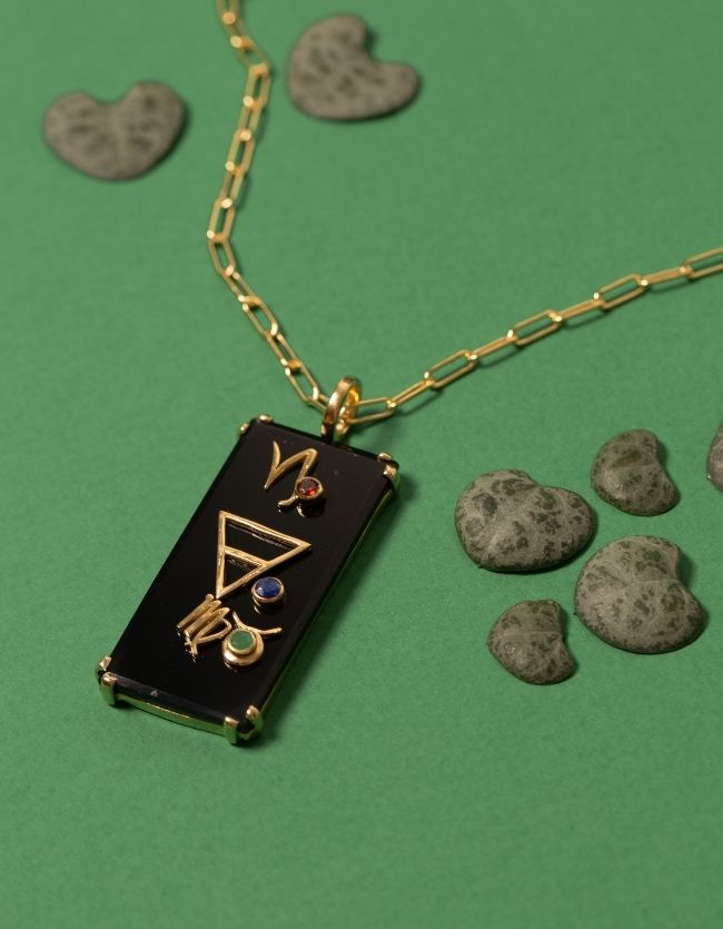 EARTH Amulet Gold