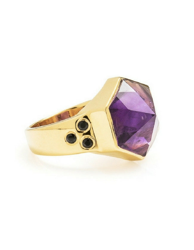 amethyst, gold, ring, gold ring, amethyst ring, hexagon ring, cathy pope jewellery