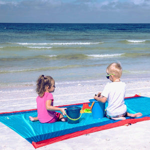 WolfWise Blue Pocket Beach Blanket