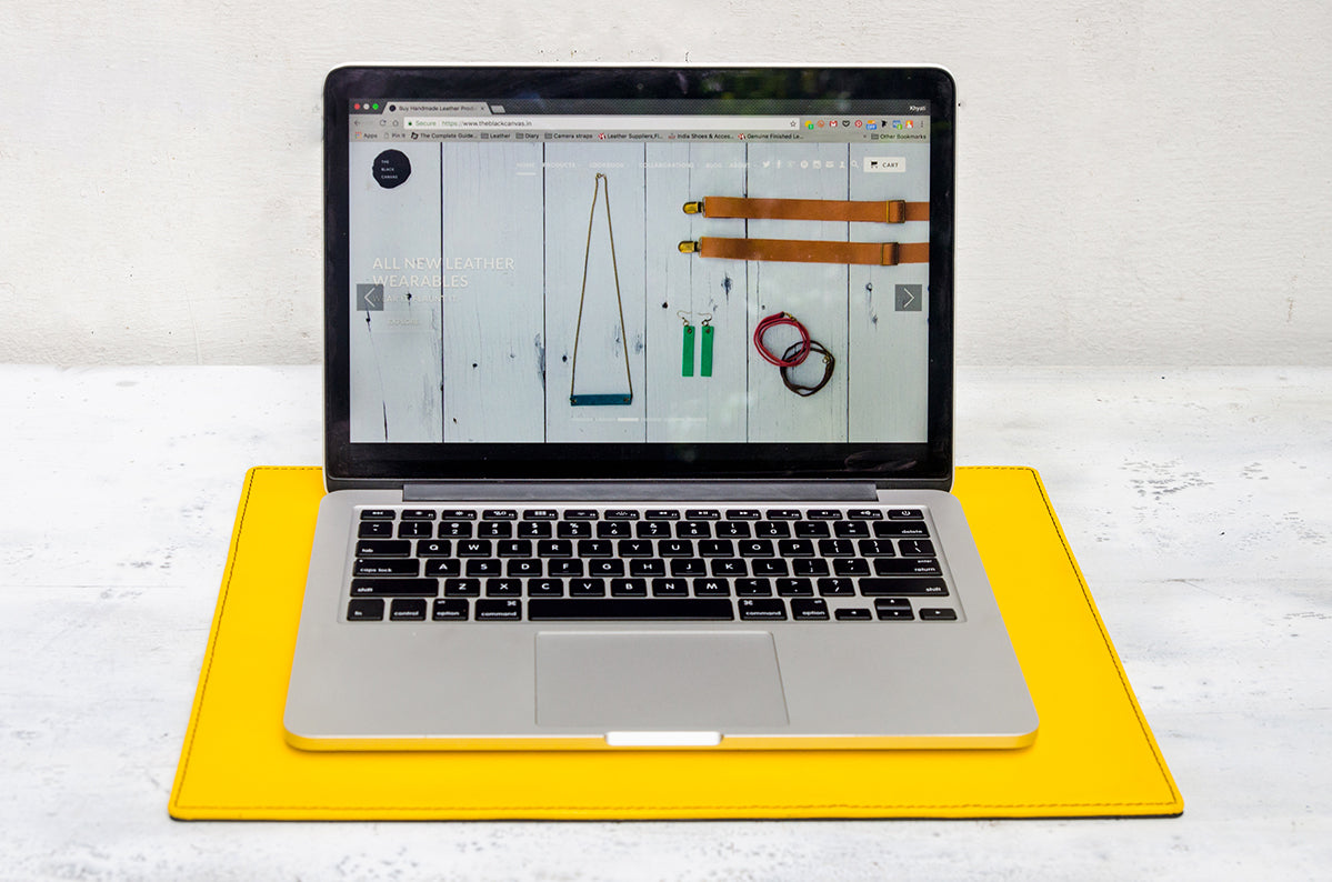 leather-laptop-desk-mat-lamborghini-black-yellow-macbook-pro