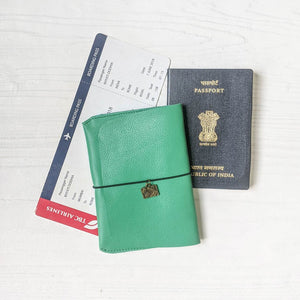 Passport Wallet - Mint Green