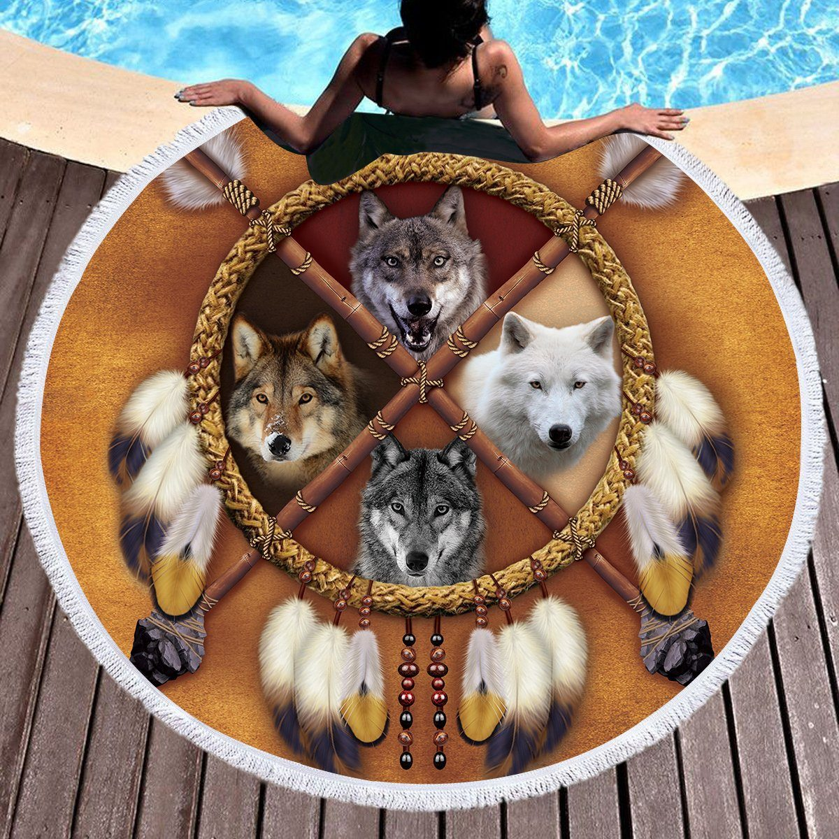 4 Wolves Round Beach Towel