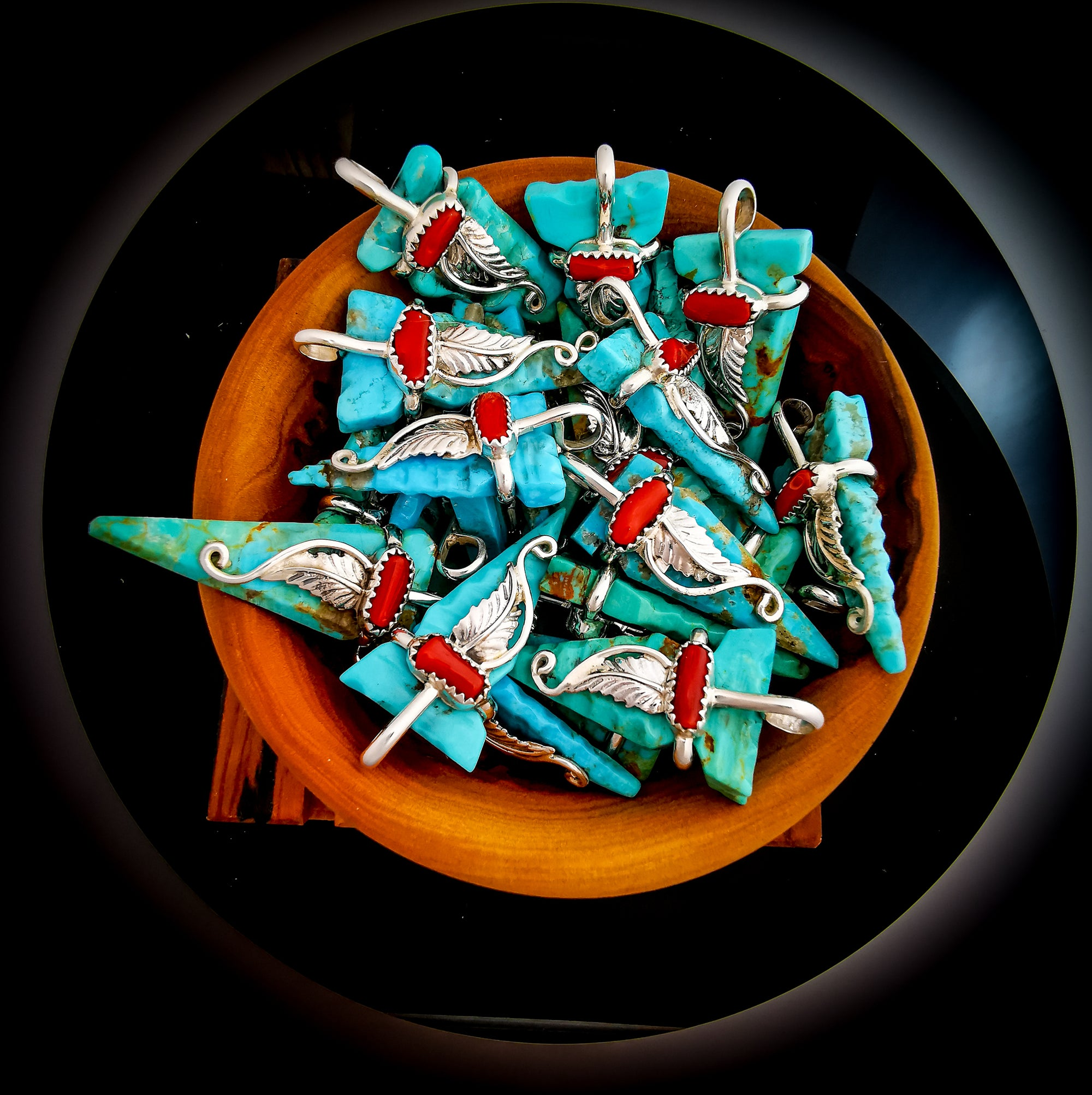 Navajo hand-carved Turquoise Arrowhead pendant