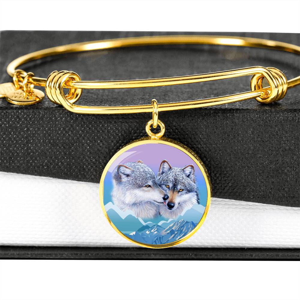 Wolf's kiss Luxury Bangle