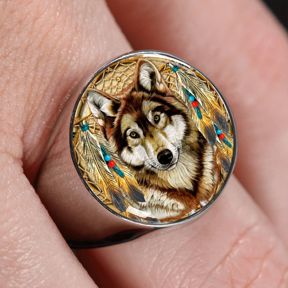 Lone Dreamcatcher Wolf Signet Ring