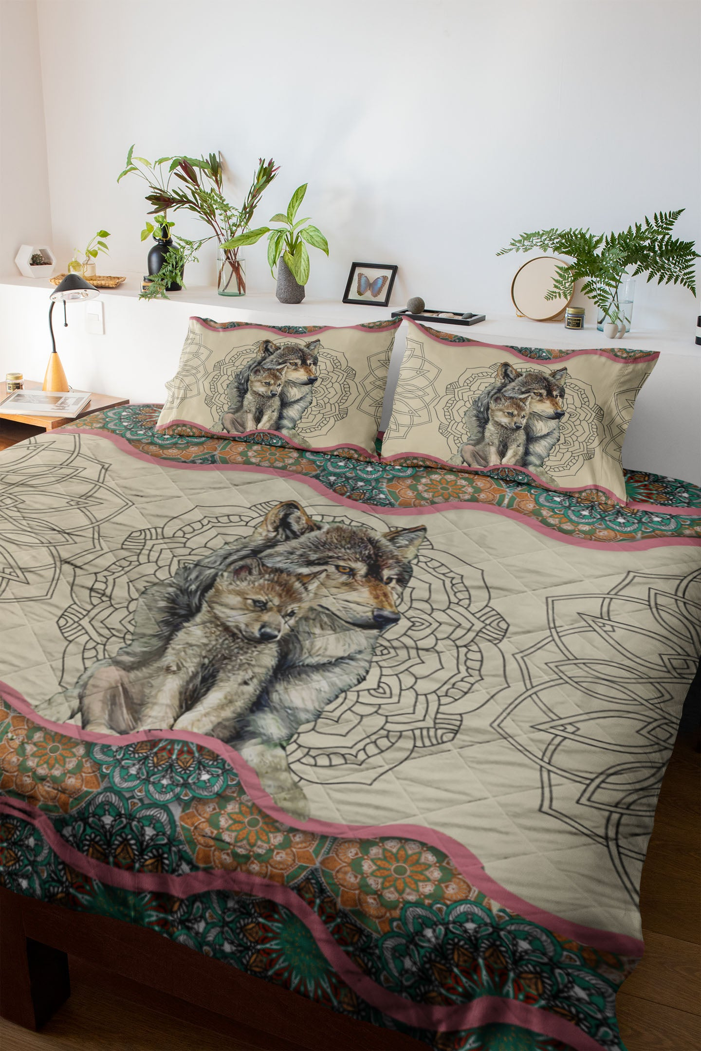 Wolf Mom's Love Quilt Set