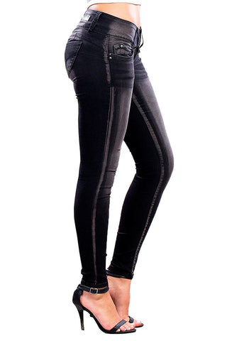 YMI Junior WannaBettaButt Triple-Button Skinny Jeans