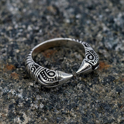 Viking Jewelry - Huginn & Muninn Ring, Silver - Grimfrost.com