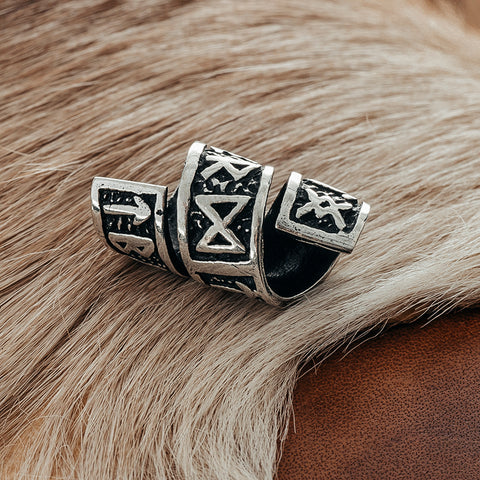 Beard Rings - Large Beard Ring, Silver with Runes - Grimfrost.com