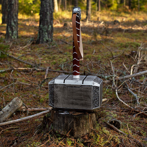 Equipment - Foam Mjolnir - Grimfrost.com