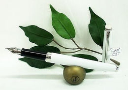 Waterman Hemisphere Fountain Pen White Chrome Trims Medium Nib S0920930