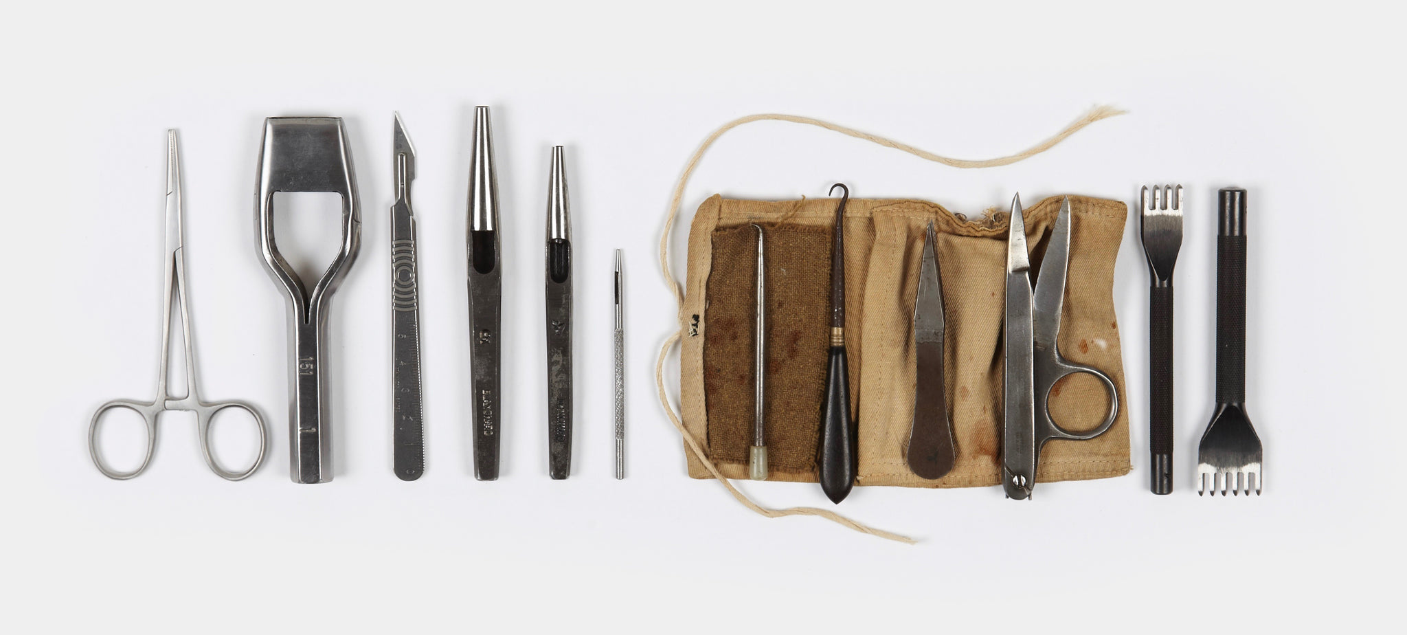 Tools and instruments for leather craftsmanship
