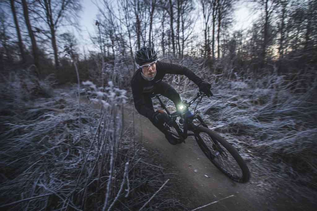 Why Wool is Gold for Winter Cycling