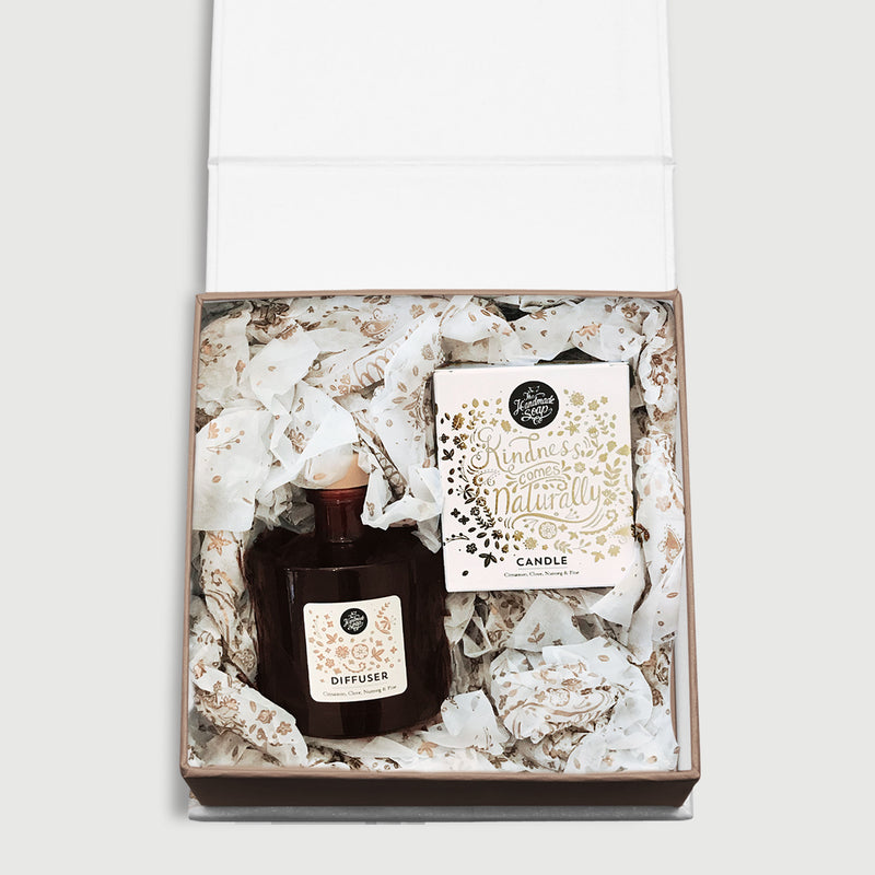 Winter Gift Set - Candle & Diffuser