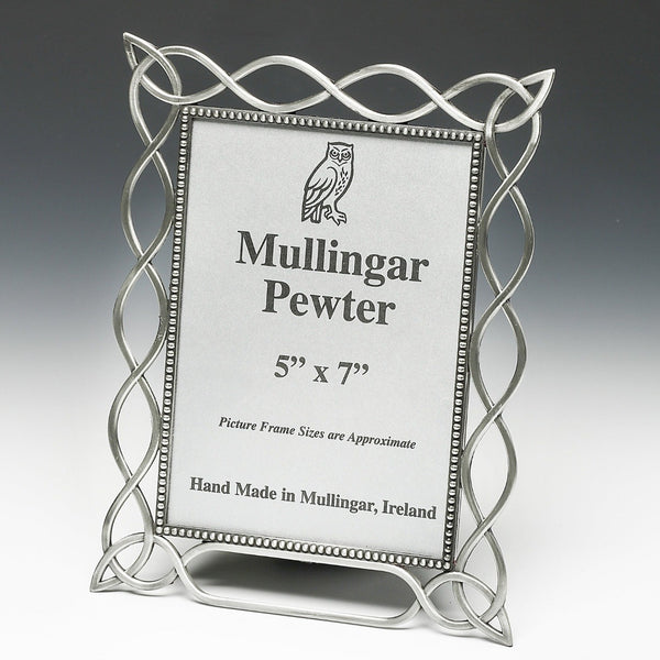 PEWTER FINISH PICTURE FRAME CELTIC MADE IN IRELAND. ZINN,ÉTAIN,PELTRO