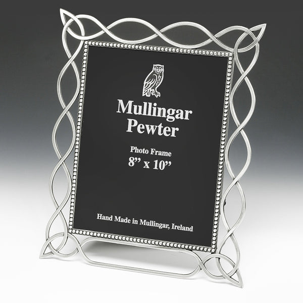 8 X 10 CELTIC KNOT PICTURE FRAME PEWTER FINISH, SILVER LOOK ZINN ÉTAIN PELTRO IRELAND